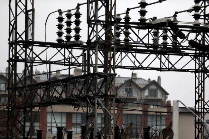 Por la ola de calor, la demanda de potencia de energía eléctrica marcó un récord y hay más de 40.000 usuarios sin luz en AMBA